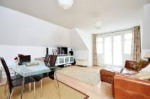 3 bedroom Flat in Cambridge Road, Kingston...