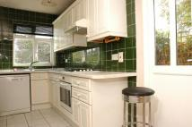 4 bedroom property to rent in Richmond Road, Kingston...