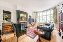 4 bedroom house to rent in Lingfield Avenue...