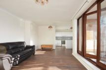 1 bedroom Flat in Caversham House...