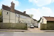 4 bed property in Lammas Lane, Esher, KT10