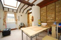 1 bed Flat to rent in Bridge Road...