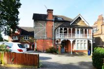 1 bedroom Flat in Cranes Park, Surbiton...
