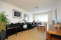Flat for sale in Worcester Park...