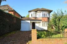 2 bed property to rent in Imber Grove, Esher, KT10