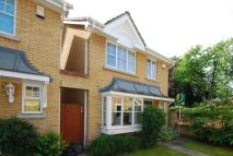 3 bed home in Hardings Close, Kingston...