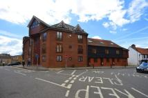 3 bed Flat in The Bittoms, Kingston...