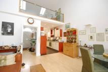 2 bedroom property in Maple Road, Surbiton, KT6