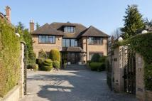6 bed home for sale in Russell Close, Moor Park...