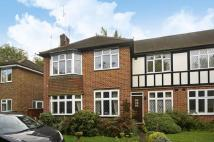 Maisonette in St Thomas Drive, Pinner...