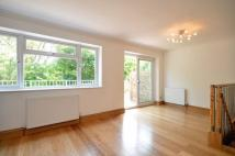 4 bed property for sale in Knoll Crescent...