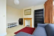Flat to rent in Pinner View, West Harrow...
