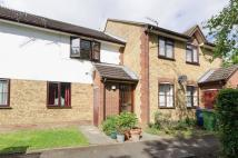 Maisonette for sale in Lime Close, Harrow Weald...
