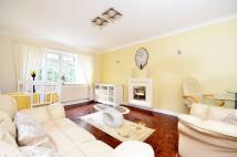 Flat to rent in Westfield Park...