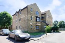 Studio apartment in Jasmine Close, Northwood...