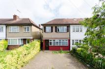 3 bed house in Waverley Road...