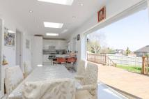 4 bed semi detached property in Highland Road...