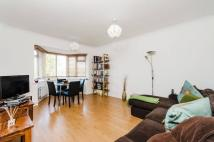 Flat in Salisbury Road, Pinner...