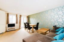 2 bedroom Flat to rent in Elm Park Road, Pinner...