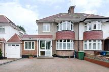 The Close semi detached house to rent