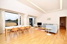 3 bed Flat to rent in Camberwell Grove...