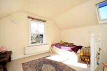 Colyton Road Studio flat to rent