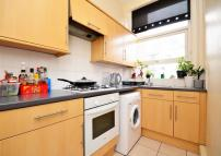 3 bedroom Flat for sale in Brockley Rise...