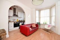 2 bed Flat in Linden Grove, Nunhead...