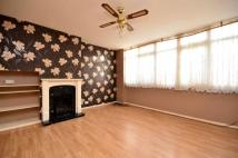 3 bedroom property to rent in Tyson Road, Sydenham...