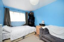 3 bed house in Crystal Palace Road...