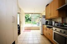 2 bedroom property for sale in Limes Walk, Nunhead, SE15
