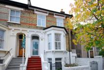 2 bedroom Flat in Derwent Grove...