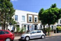 3 bedroom property for sale in Lyndhurst Way...