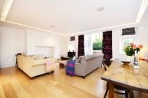 Flat to rent in Camberwell Grove...