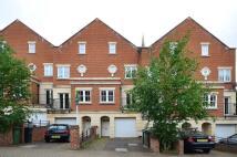 4 bedroom home in Sunderland Road...