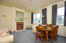 2 bedroom Maisonette in Overhill Road...