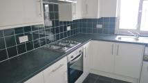 2 bedroom Maisonette in The Crossways, Heston...