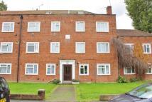 3 bedroom Flat for sale in Warwick Road, Hounslow...