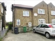 2 bedroom Maisonette in South Avenue, Southall...