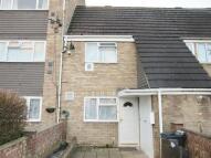 2 bedroom Terraced house in Tivoli Road, Hounslow...