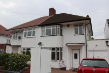 3 bedroom semi detached property to rent in Thorncliffe Road...