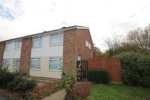2 bed Maisonette in Kelvedon Close...