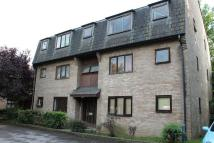 Studio apartment to rent in Wingrove Court...