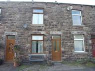 Terraced property to rent in Garden Terrace Middleton