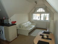 1 bed Flat to rent in Beaconsfield Villas, BN1