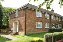 2 bed Maisonette to rent in Hawthorn Avenue...