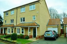 5 bed semi detached home for sale in Walnut Mews...