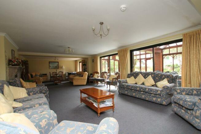 communal lounge.JPG
