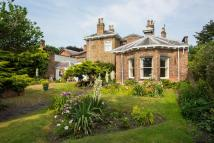5 bedroom Detached home in Waldyve House...