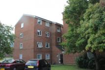 Flat in Gurney Close Gurney...
